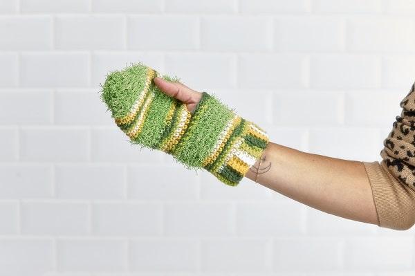 Gant exfoliant au crochet
